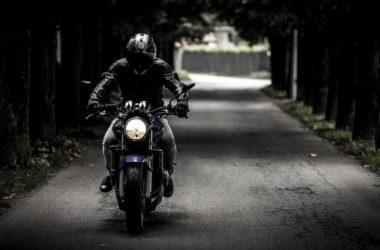 přilby na motorku